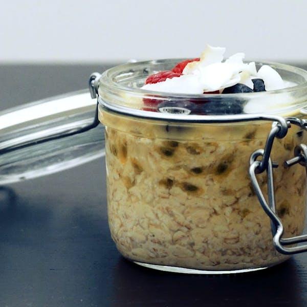 Overnight oats med passionsfrukt